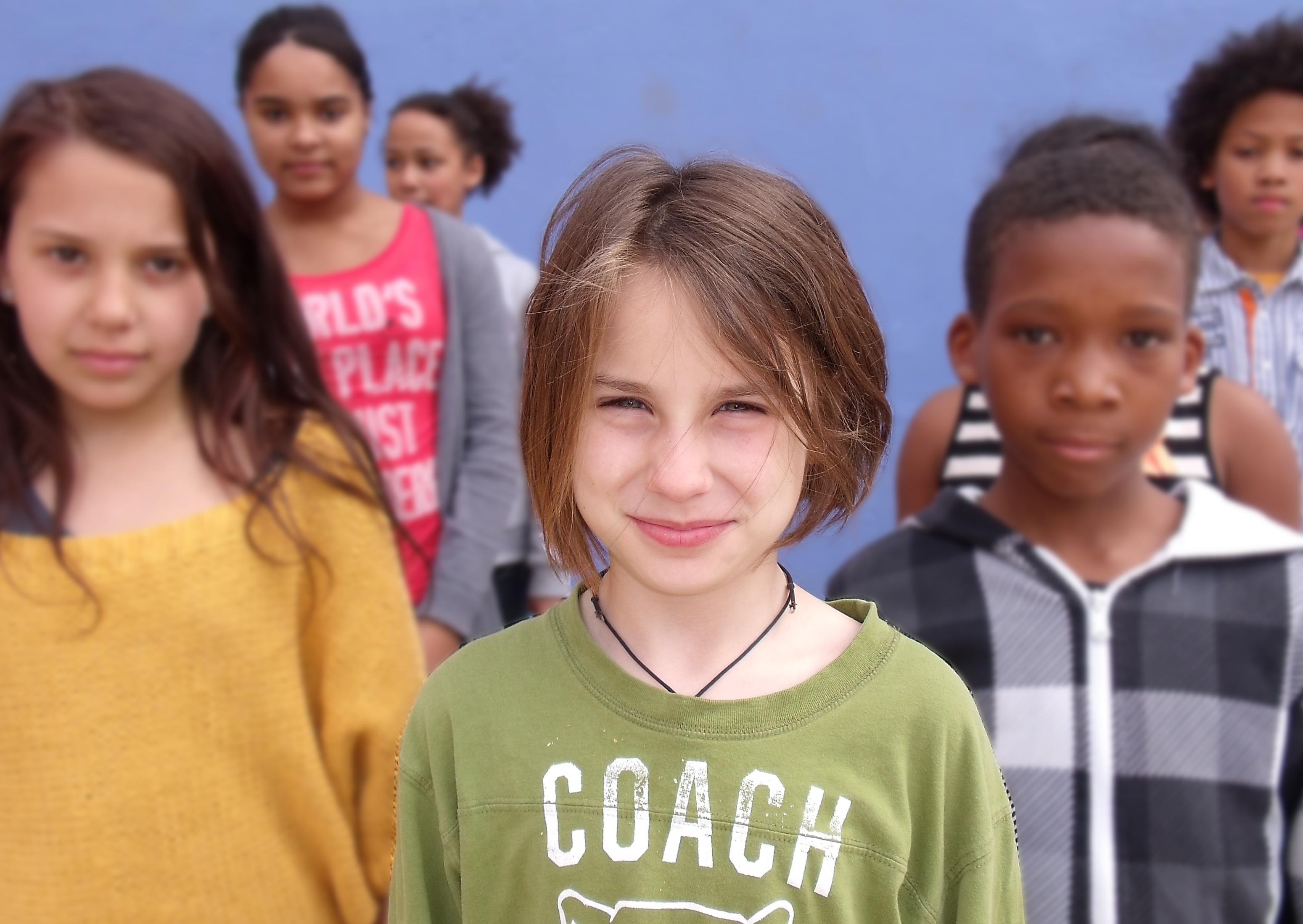 Nora - Mitglied der fiesen Mädchenclique